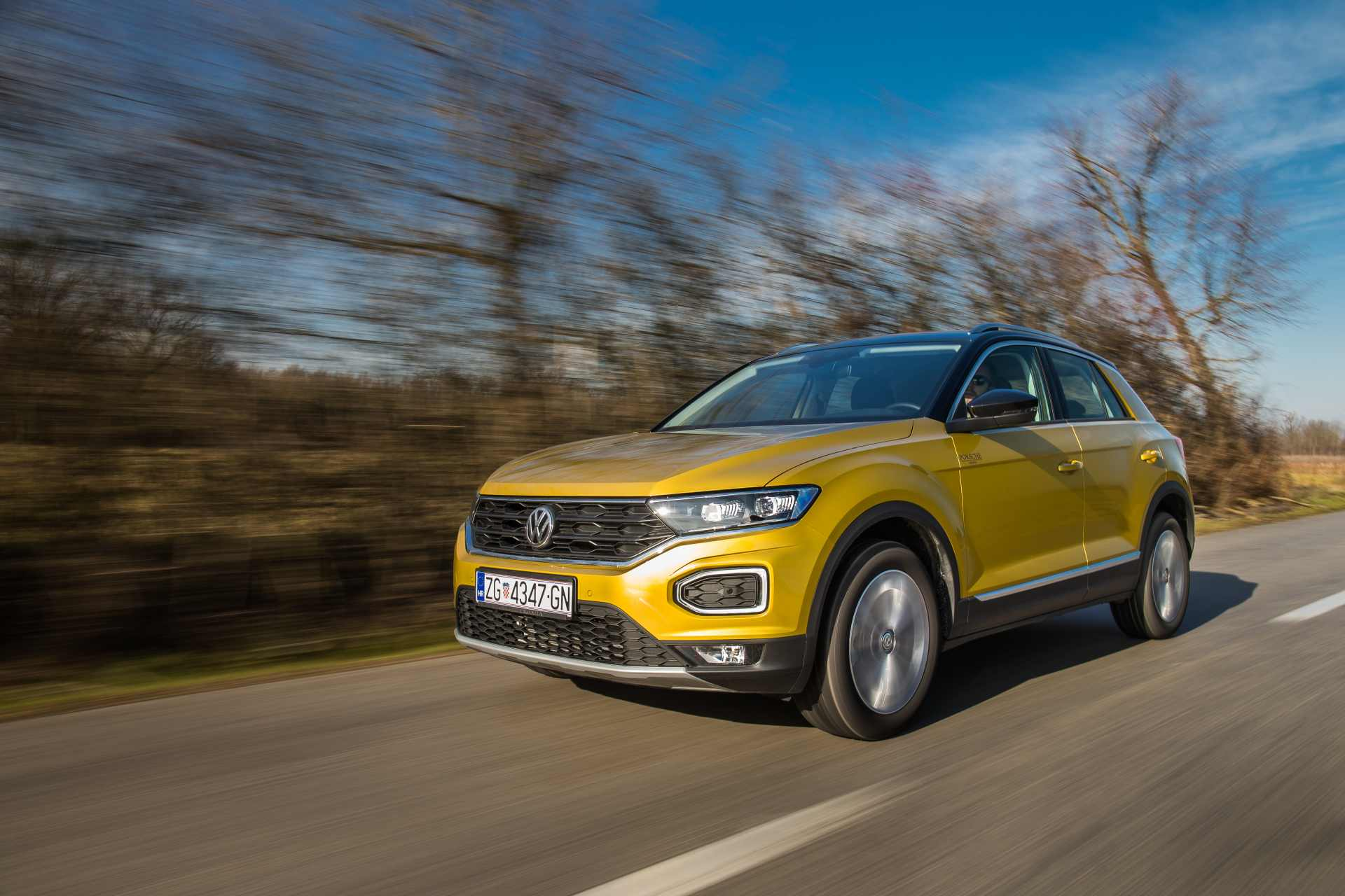 Image for VW T-Roc 1.0 TSI Design sa 115 KS poželjniji je čak i od bratskog Golfa? Stanite u red…